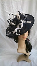NAVY & WHITE SINAMAY & FEATHER FASCINATOR HAT.Shaped saucer disc,Wedding.NEW
