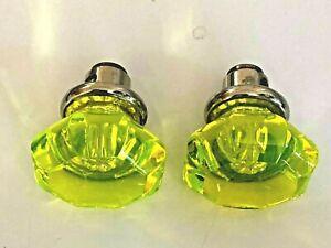 """2 Vintage Fluorescent GREEN / AMBER Glass DOOR KNOBS Handles Pair """"LOOK"""" NR"""