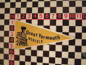 1960's Style Great Yarmouth Holiday Pennant Retro Classic Car Window Sticker