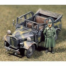 SOL RESIN FACTORY, MM060,1:35, STOEWER COMMAND VEHICLE (FIGURE INCLUDED)