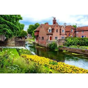 1000 Piece Puzzle Box Jigsaw Puzzle - Canterbury Town, Kent, England