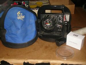 Vexilar FL-8 Fish Finder Ice Fishing in bag WORKS AWESOME complete bin 922