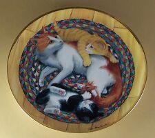 SNUG-ON-A-RUG Cat Kitten Kitty Plate Franklin Mint Charming Lovely Braided Rug