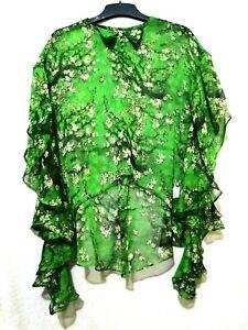 Green floral flutter sleeves top