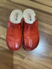Leather Wmoens Clogs, Size 40