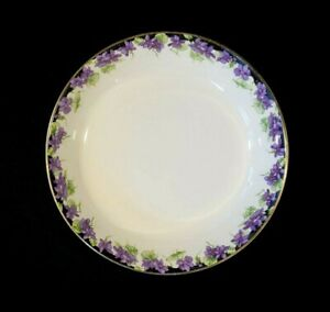 Beautiful Royal Doulton Violets Large Soup Bowl