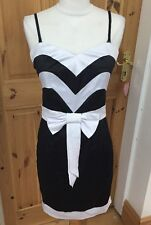 Ladies Size 8 COTTON CLUB BLACK AND White PARTY DRESS