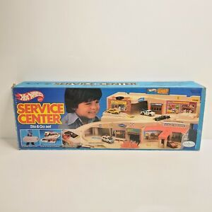 Vintage Hot Wheels Sto & Go Service Center Playset 1503 1979 USA