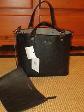 CALVIN KLEIN  TOTE  SHOPPER HANDBAG BLACK / GRAY REVERSIBLE  CLUTCH  $158 TAG