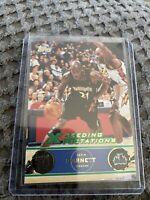 2001-02 Topps Xpectations Timberwolves Basketball Card #100 Kevin Garnett