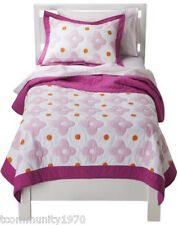 Circo Pink Flower Dot Girl Quilt -Twin