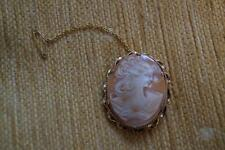NICE VINTAGE 1950'S RG CAMEO BROOCH WITH SAFTY CHAIN