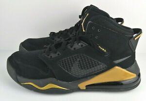 Nike Air Jordan Mars 270 Mens Size 9.5 Black and Gold CD7070 007