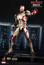 Iron Man 3 Mark XLII MK42 1/6th Scale Limited Collectible MMS197 Hot Toys Sealed
