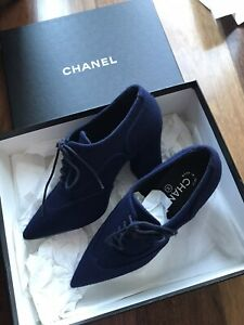 $1150 CHANEL 18A Navy Fabric Lace Up Block Heel Oxford Shoes Sz37.5/US 6.5-7