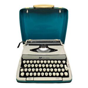 VTG 60's Cougar Deluxe Smith Corona SCM Typewriter Portable White w/ Aqua Case
