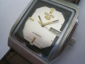 "Silver Dial Seiko Tank Watch 4216-5100 ""5"" Gent's Auto Mechanical Watch 1983"
