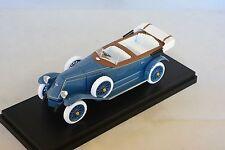 Rio 4416 - Renault 40 CV bleu / noir   1/43
