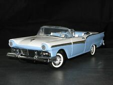 Franklin Mint 1:24 1957 Ford Fairlane Skyliner LE from Tinder Box