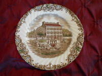 Collectible JOHNSON BROTHERS Heritage Hall Scenic Dinner Plate - Made in England