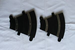 2 x Scalextric short curves