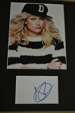 "AMY POEHLER  AUTOGRAPH SIGNED  CARD (10"" X 8"" PHOTO) (SNL)  COA 55"