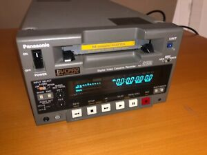 Panasonic DVCPRO AJ-D250 Digital Video Cassette Recorder