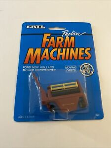 Vintage ERTL ~ New Holland ~ Mower Conditioner ~ 1:64 ~ Farm Equipment NIP