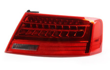 AUDI A5 8T Rear Right Taillight 8T0945096J NEW GENUINE