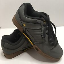 DVS Contra Skate Shoes with Hidden Stash Pocket Shoes Mens Size 13 Gray.
