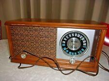 Vtg Zenith Tube Radio Am Fm Works! Mdl 2-2479 Wood Cabinet