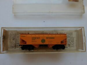 Kadee N Scale 55050 Genesee &. Wyoming 33' Twin Hopper