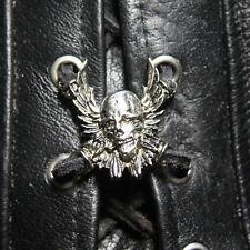 Biker Schnürung Skull Skullwing Westen Jacken Stiefel Lace Up Pin Anhänger NEU