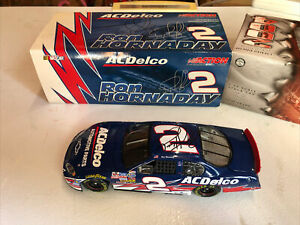 Autographed 2004 Ron Hornaday AC DELCO 1/24 Collectors Die-Cast