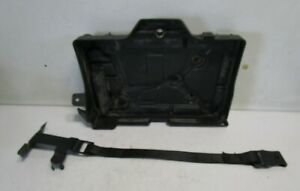 Lancia Delta III Batteriehalteplatte Halteplatte Batterie 51828595
