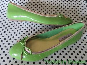 New TED BAKER Pea Green Bronze Patent IVEEY Ballet Pumps Flats Shoes -SMALL UK 3