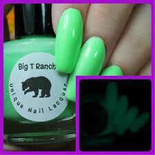 Glow-in-the-Dark Nail Polish Top Coat - Green - Saturn - Nail Polish/Lacquer