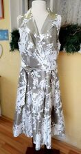 Jessica Howard 18 Mock Wrap Dress Taupe White Tropical Floral Sleeveless Belt