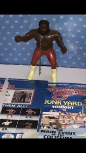 WWF LJN JUNK YARD DOG WITH COLLAR AND CHAIN - NICE PAINT -ORIGINAL CARD/ POSTER