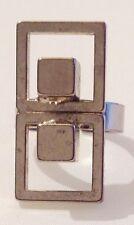 bague vintage art déco modèle cube couleur argent rhodié brillant réglable