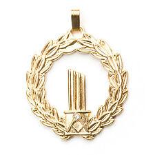 Stunning Gold Ladies Masonic Broken Column Pendent