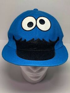 Sesame Street Cookie Monster Big Face Faux Fur Fitted Small Medium S M Hat Cap