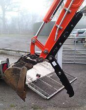 360 midi digger, thumb grab, grapple for excavators 2.5 - 3t inc vat and post