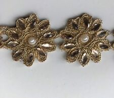 ATTRACTIVE ETHNIC INDIAN GOLD SMALL ROUND FLORAL CRYSTALS/PEARL LACE/TRIM -1 MTR