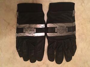 Harley Davidson Men's Illumination B&S Full-Finger Leather Gloves 98340-11VM.