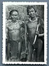 Vietnam, Hommes de tribu Möi  Vintage silver print.  Tirage argentique d'