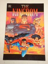 KINGDOM DC COMICS GRAPHIC NOVEL MARK WAID SUPERMAN BATMAN 1563895676 >>