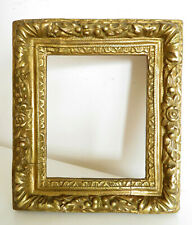 Beau CADRE en bois doré du XIXe, de style XVIIe, BAROQUE. ITALIE. 24 x 21 cm.