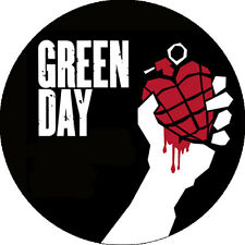 CHAPA/BADGE GREEN DAY . pin punk the clash sex pistols descendants nirvana badge