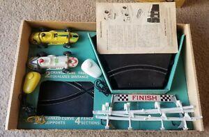VINTAGE ELDON BANKED CURVE CHANGE-LANE ROAD RACE SET 2 Cars Paperwork